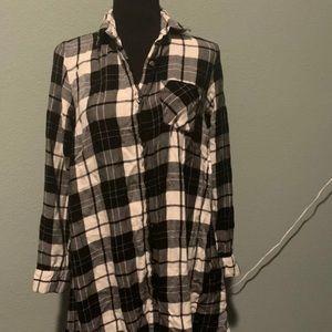 Plaid Black and White Tunic Shirt